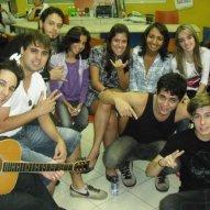 Pocket Show/Tarde de Autógrafos realizada em 24/06/2011 no CNA – Ponta da Praia (Santos/SP) com produção e assessoria de imprensa da Z1PRESS.
